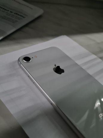 Iphone 8 silver *ŁADNY*