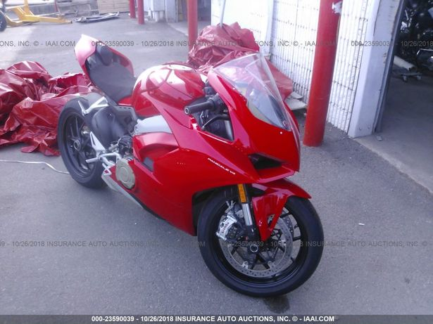 Ducati Panigale V4 из США!