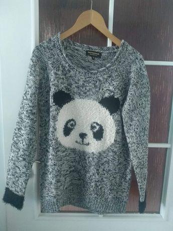 Sweter z pandą