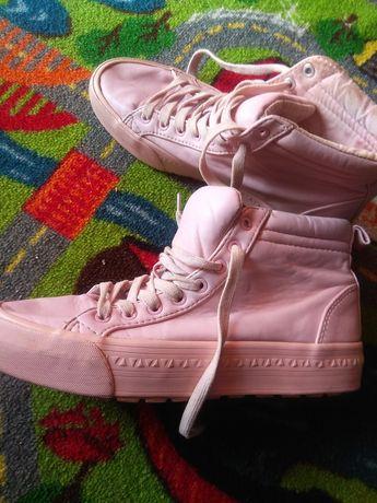 Ботинки, кроссовки ориг Bershka (Adidas, Nike) 37 разм