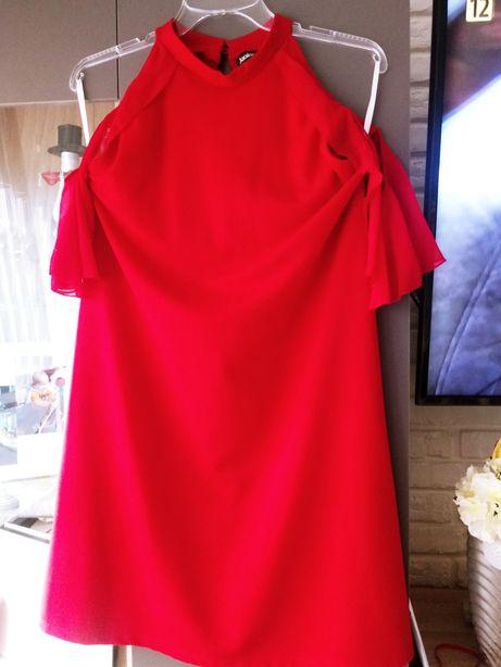 Czerwona sukienka 40