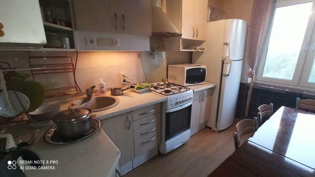 Продается 3-х комнатная квартира на Лесном по улице Курчатова 11