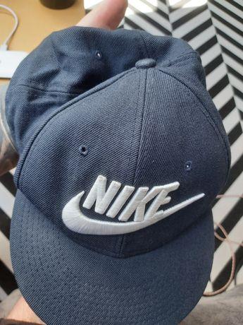 Czapka z daszkiem Nike granatowa