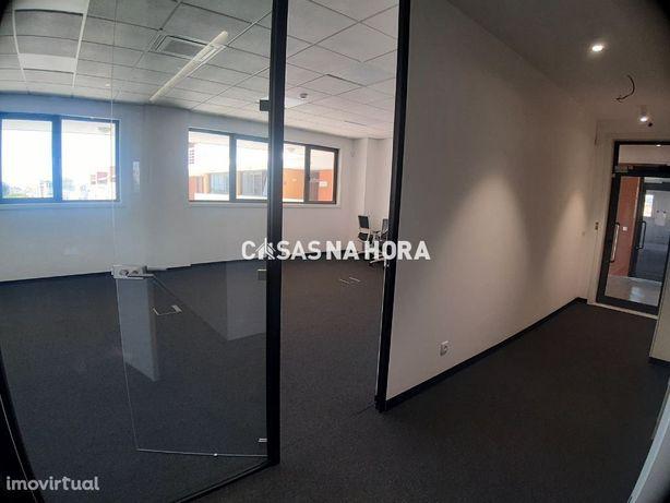 Sala de escritório 58 m2 - Carnaxide - Oeiras