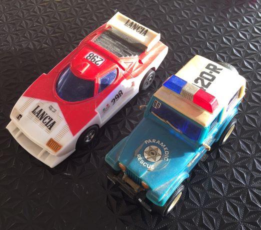 Carros (jipe Willy's + lancia) anos 80