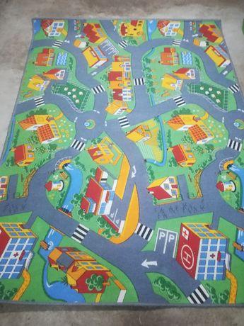 sprzedam dywan do pokoju dziecięcego