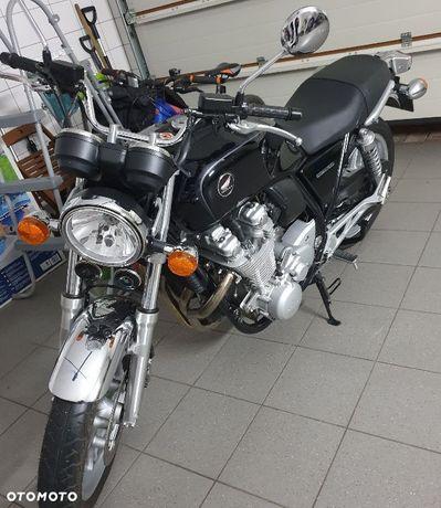 Honda CB Sprzedam motocykl salon Polska pierwszy właściciel.