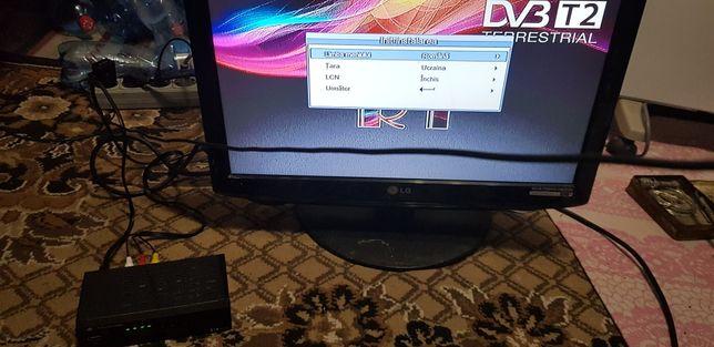 """Телевизор LG 19"""""""