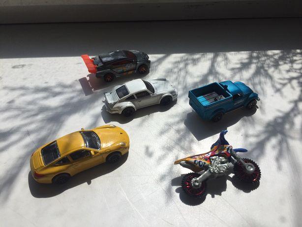 Машинки для мальчиков металл