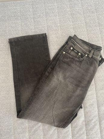 Calças de ganga, tamanho 32, marca Hugo Boss