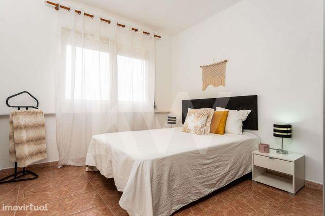Apartamento T1 - com varanda - Cidade Sol - Barreiro