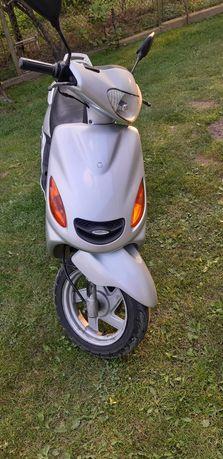 Продам скутер ямаха    100 кубову ціна 550$$$
