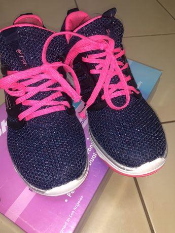 Кроссовки Skechers для девочки