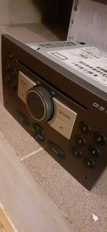 Orginalne radio odtwarzacz do vivaro trafic.