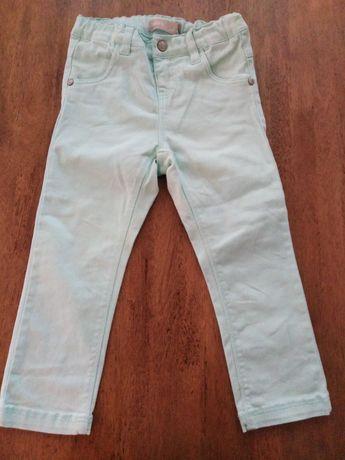 Spodnie jeansowe 98 seledynowe