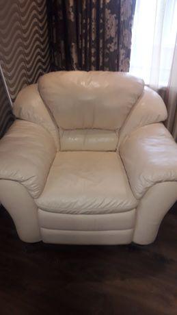 Шкіряний диван та крісло