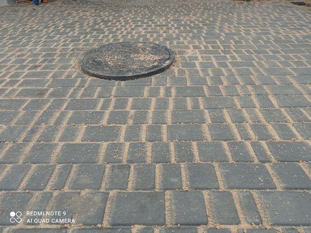 Укладка бруківки тротуарки
