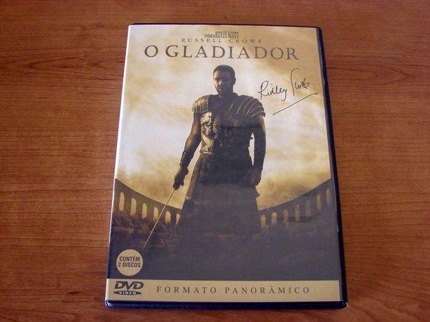 Filme em DVD de 2000 com Russell Crowe