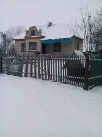 Продається будинок хата дім дача с.Хмелівка біля школи дитячий садок