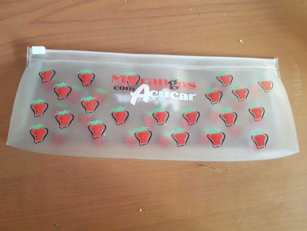 Bolsa morangos com açúcar