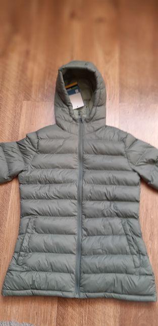 Продам новую женскую зимнюю куртку Mountain Warehouse