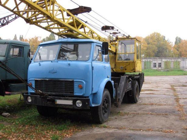 Автокран грузоподъемностью 10 тонн МАЗ-5334
