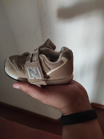 Sapatilhas bebê (de cola) NEW BALANCE Originais