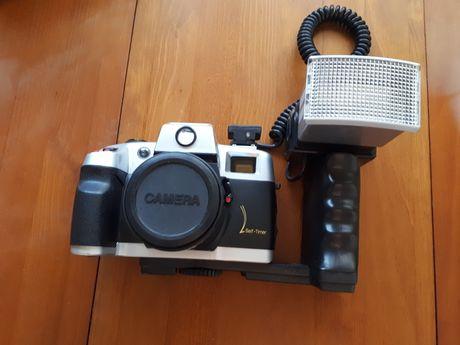 Máquina fotográfica Nikon para peças