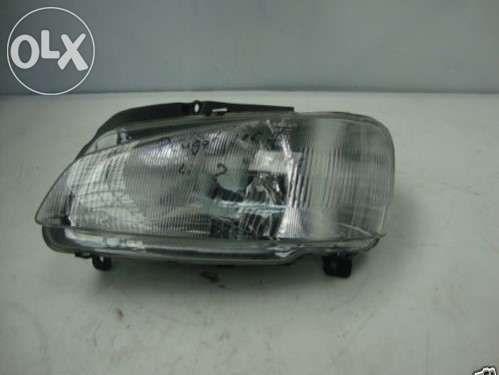 Ótica Frontal Esquerda Peugeot 106 II