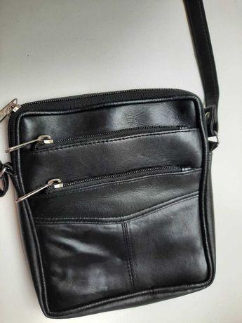 Добротная кожаная мужская сумка