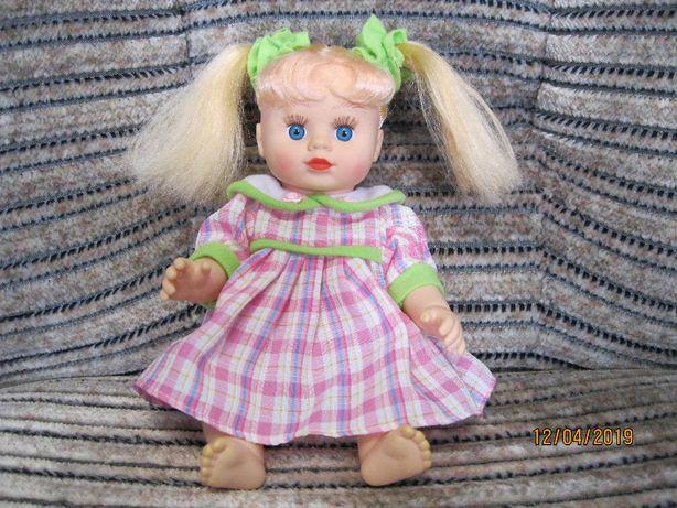 Продам детскую куклу.