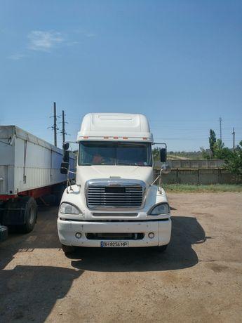 Продам грузовое авто тягач Freightliner Columbia
