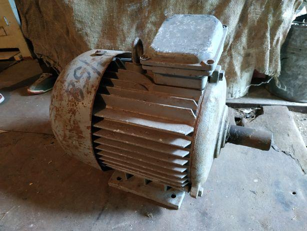 Асинхронный двигатель 7,5 кВт 1450 об/мин
