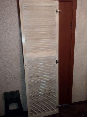 Двері дерево для шафи / дерев'яні двері/ жалюзійні дверцята