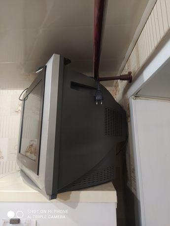 Телевизор,в хорошем состоянии!самовывоз!торг уместен!