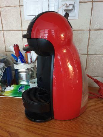 Ekspres do kawy Philips Dolce Gusto + kapsułki