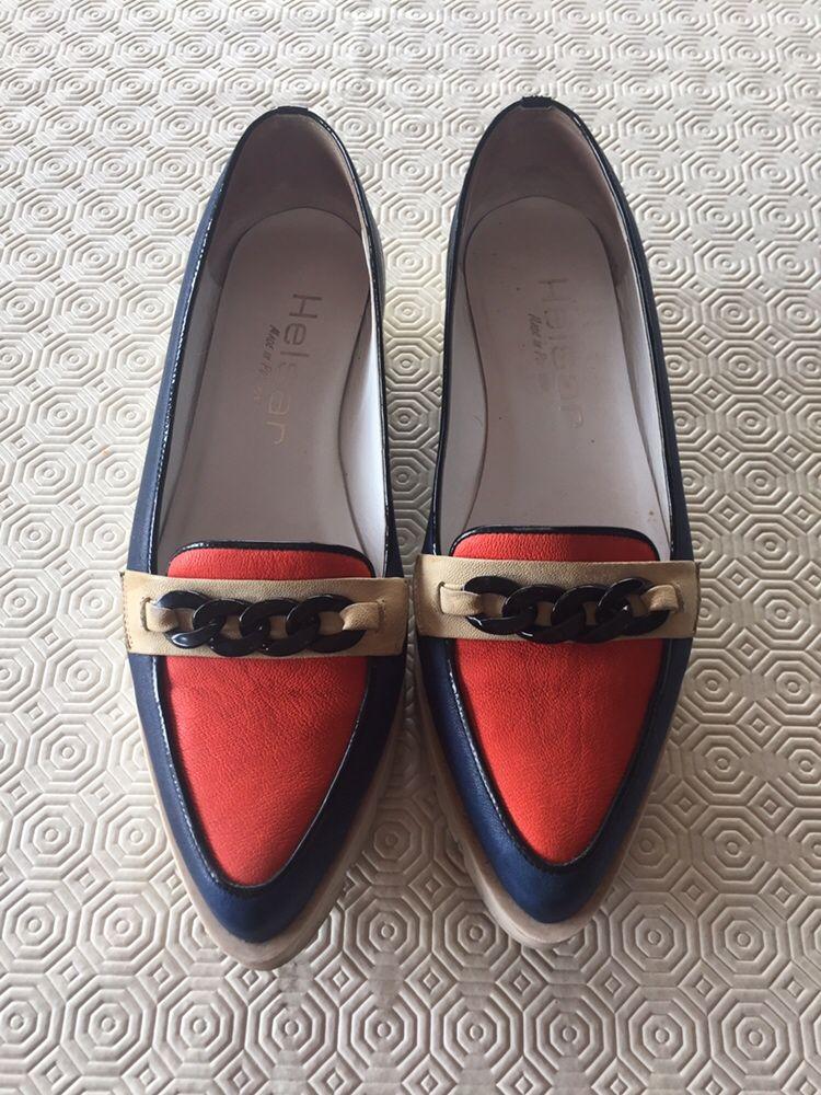 Sapatos / loafers marca Helsar