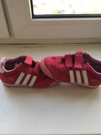 Кроссовки  для девочки Adidas 26р