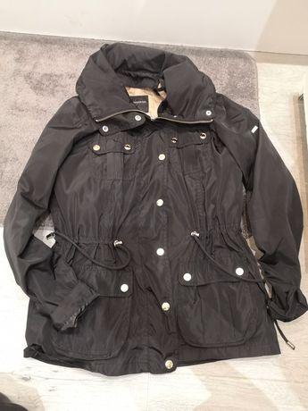 Przejściowa wiosenna kurtka Reserved czarna