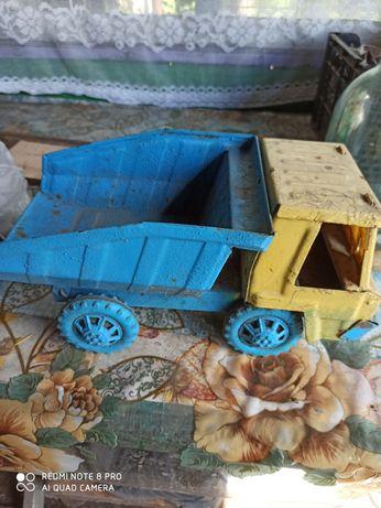 Советская игрушка самосвал ( под частичное восстановление)