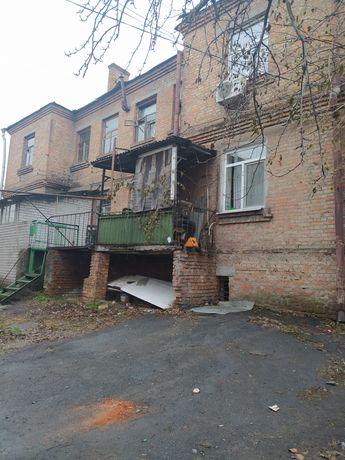 Продам комнату в центре города на Володарского 1
