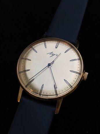 Zegarek łucz au5 werk 2209 slim cccp de luxe