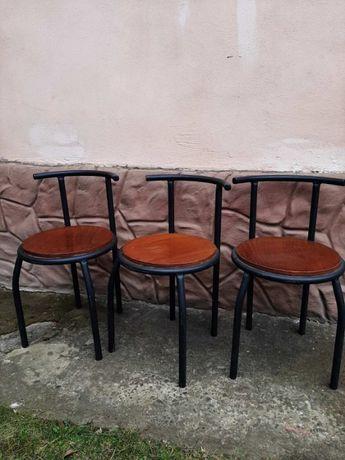 стулья металичекие
