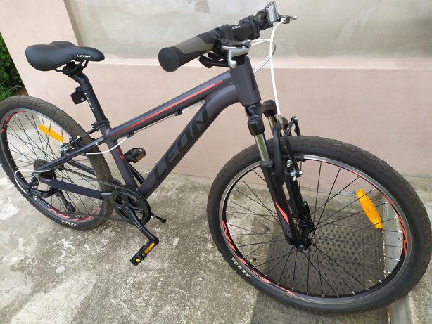Велосипед горный(с алюминиевой рамой)