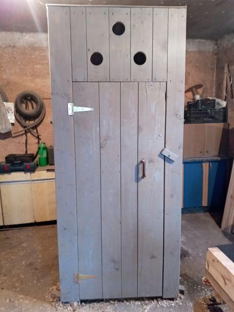 WC drewniane,nowe, na budowe