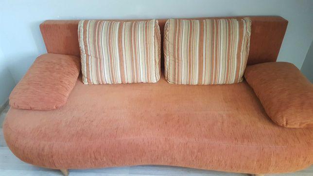 Sofa trzy osobowa