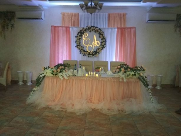 Аренда и изготовление свадебного декора