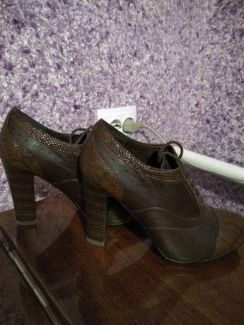 Обувь женская ботильены