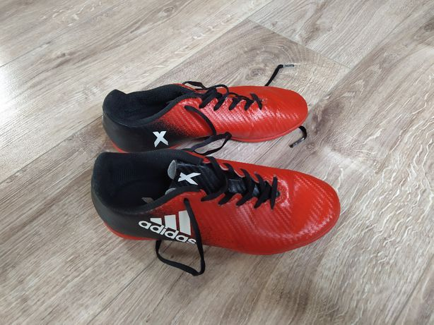 Buty sportowe Adidas chłopięce rozm. 35,5