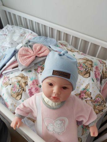 Czapeczki, prześcieradełka dla niemowląt
